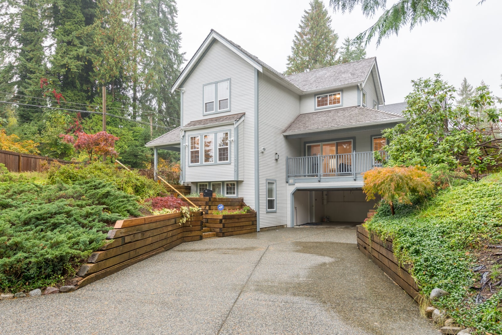 1780 LANGWORTHY STREET - Lynn Valley House/Single Family for sale, 4 Bedrooms (R2215480) #1